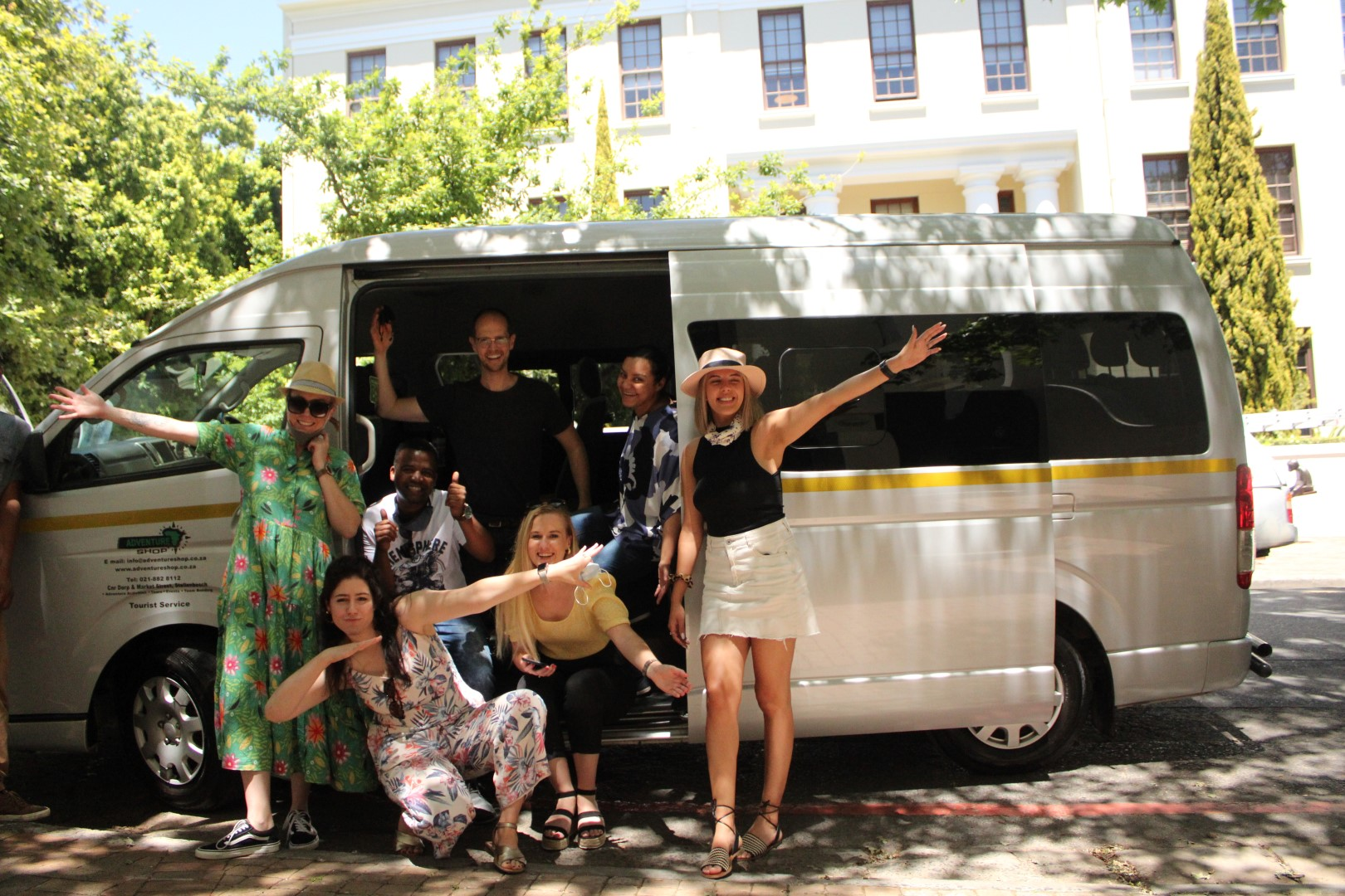 Hop-On-Hop-Off Wine Tour-Eastern Route